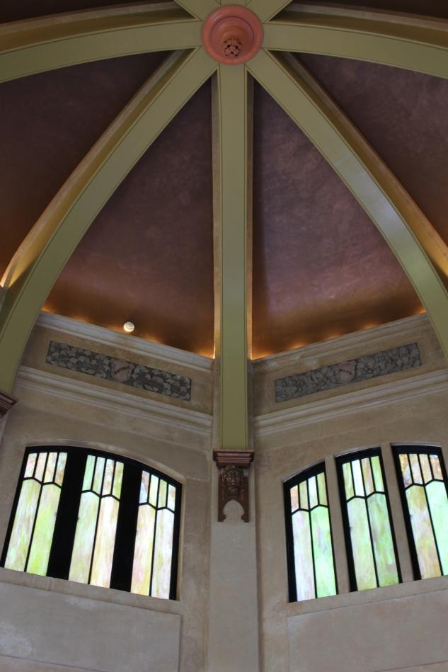 Inside the Vista House