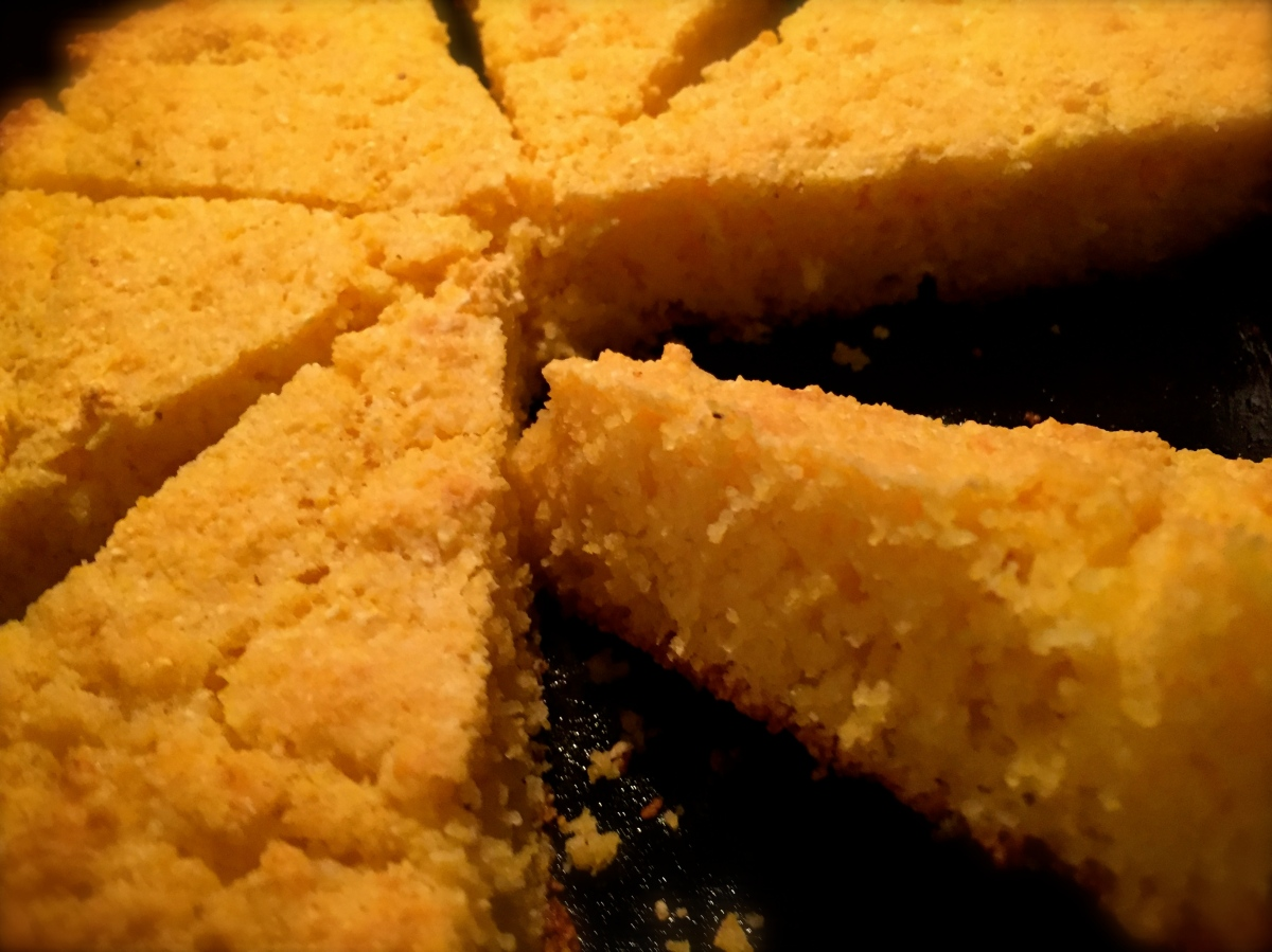 Tasty Tuesday ... Best Damn Cornbread Ever!!
