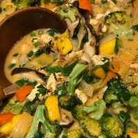 Tasty Tuesday ... Vegan Thai Coconut Mango Curry